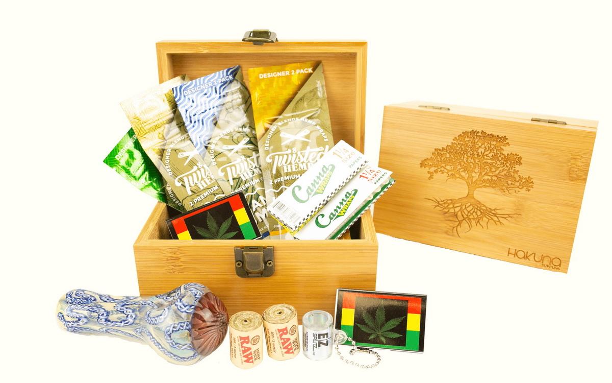 hakuna Supply boxes
